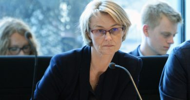 AStA der Viadrina kritisiert Bundesbildungsministerin Anja Karliczek