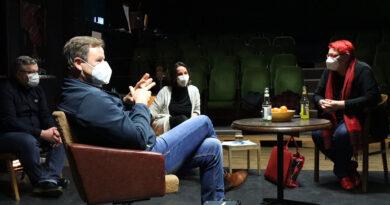 Landtagsabgeordnete besuchen KUMA