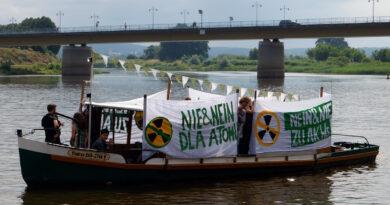 Grüne Jugend protestiert gegen Kernkraftwerksbau in Polen