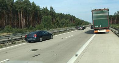 Nach Verkehrsunfall auf der A12 ins Krankenhaus gekommen