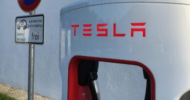 Tesla kann mit rund 1,1 Milliarden Euro Förderung rechnen