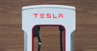 Ministerpräsident Woidke sieht Tesla als Magnet für Investitionen